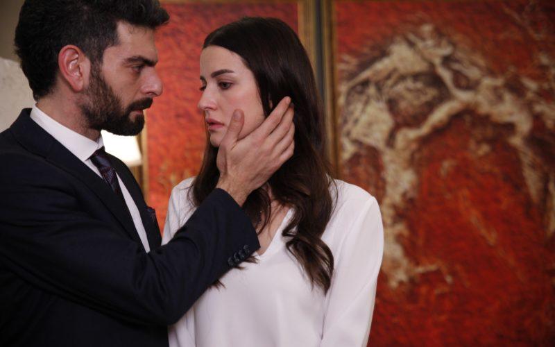 """Serialul fenomen """"Lacrimi la Marea Neagră"""" va începe pe 9 septembrie la Kanal D"""