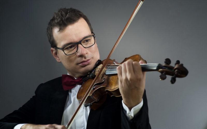 ALEXANDRU TOMESCU cântă Mendelssohn, în deschiderea stagiunii Orchestrei de Cameră Radio