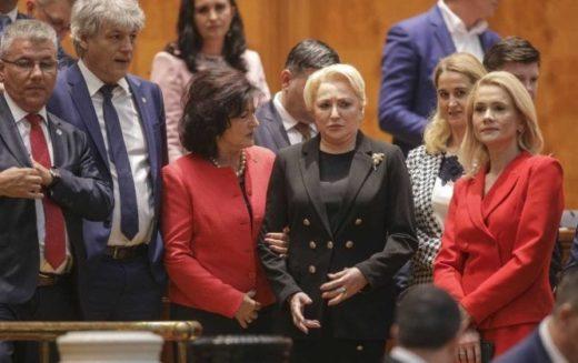 PSD a pierdut guvernarea. Parlamentul a demis Guvernul Dăncilă