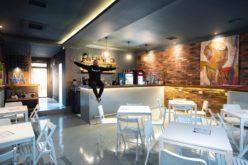 Oase a investit banii de la Asia Express pentru a-şi împlini un vis: și-a deschis un bar în centrul capitalei