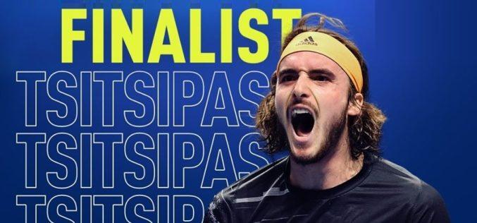 Stefanos Tsitsipas a dat lovitura carierei. L-a învins pe Federer şi s-a calificat în finala Turneului Campionilor