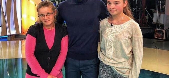 Actorul Denis Hanganu se alãturã campaniei Ajut eu!