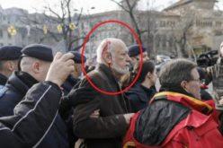 Gelu Voican Voiculescu a fost lovit cu o cârjă în cap la Universitate