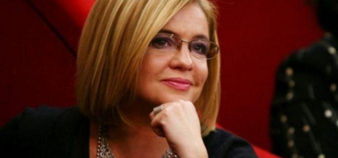 Cristina Ţopescu a cerut cu disperare ajutorul celor apropiaţi însă aceştia au ignorat-o: Am luat un somnifer puternic, sunt la capătul puterilor