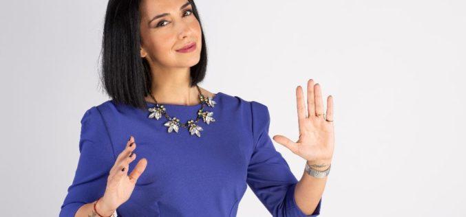 Emma Zeicescu, după o carieră de 20 de ani în televiziune, jurnalista a făcut pasul către online!